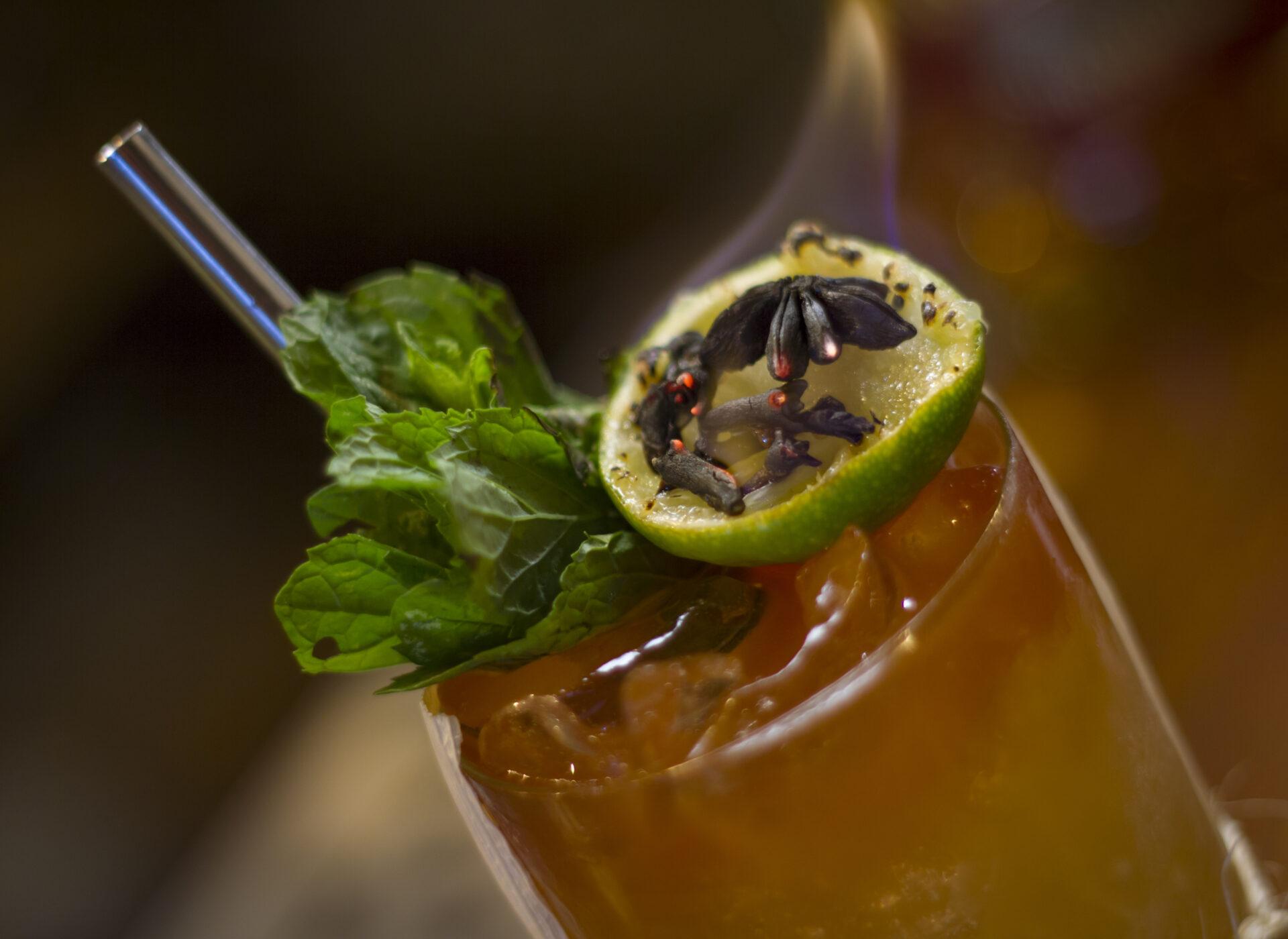 Cocktail de Vico Wine Bar.